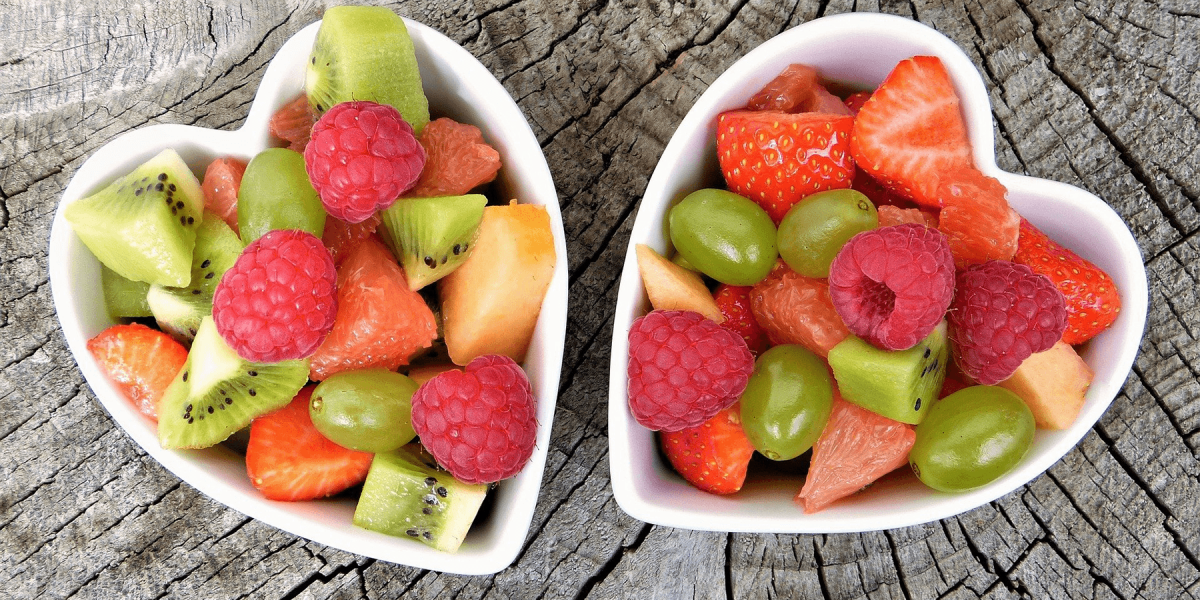 2 heart shaped fruit bowls